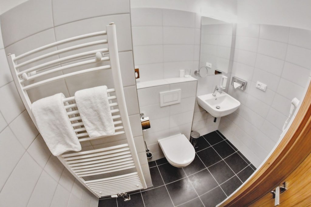 fotografování hotelu - malá koupelna - Tomáš Kasal fotograf